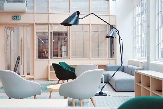 Gdzie kupić meble biurowe w korzystnych cenach?